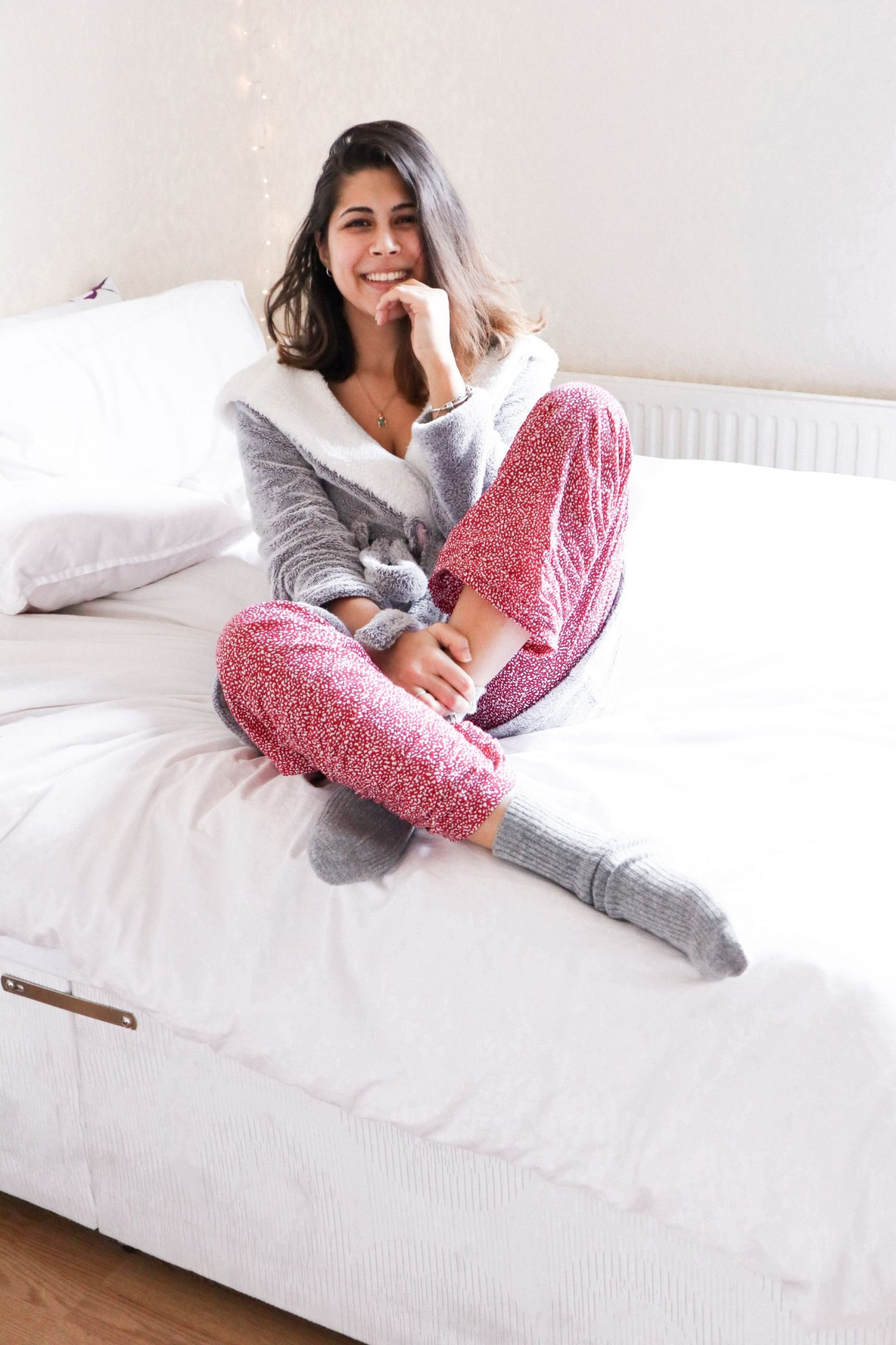 7 things I'd rather do in the morning - girl in pjs and dressing gown