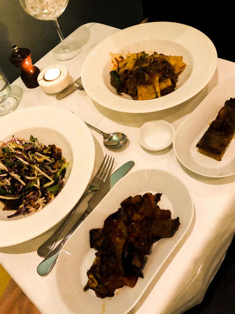 Liv Restaurant Dinner